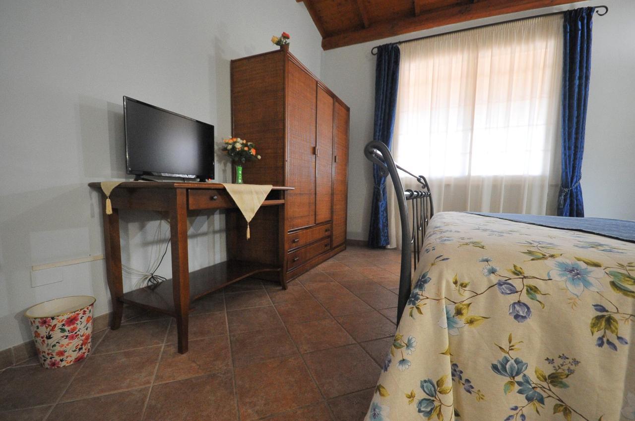 Mandorleto_Resort_Noto_Bed_and_breakfast_Noto_Siracusa_Avola_villa_noto_resort_noto_Avola_siracusa_villa_con_piscina_noto_campagna_marzamemi_bb__9.jpg