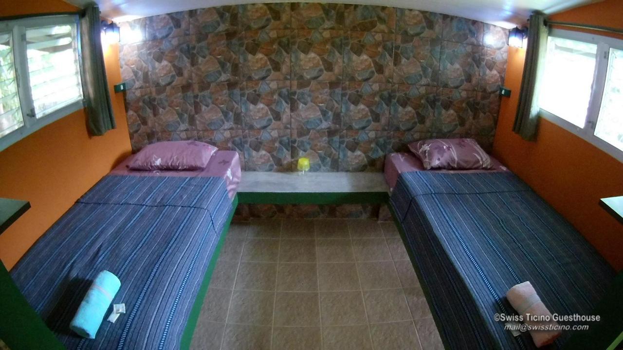 Room -4- (3).jpg