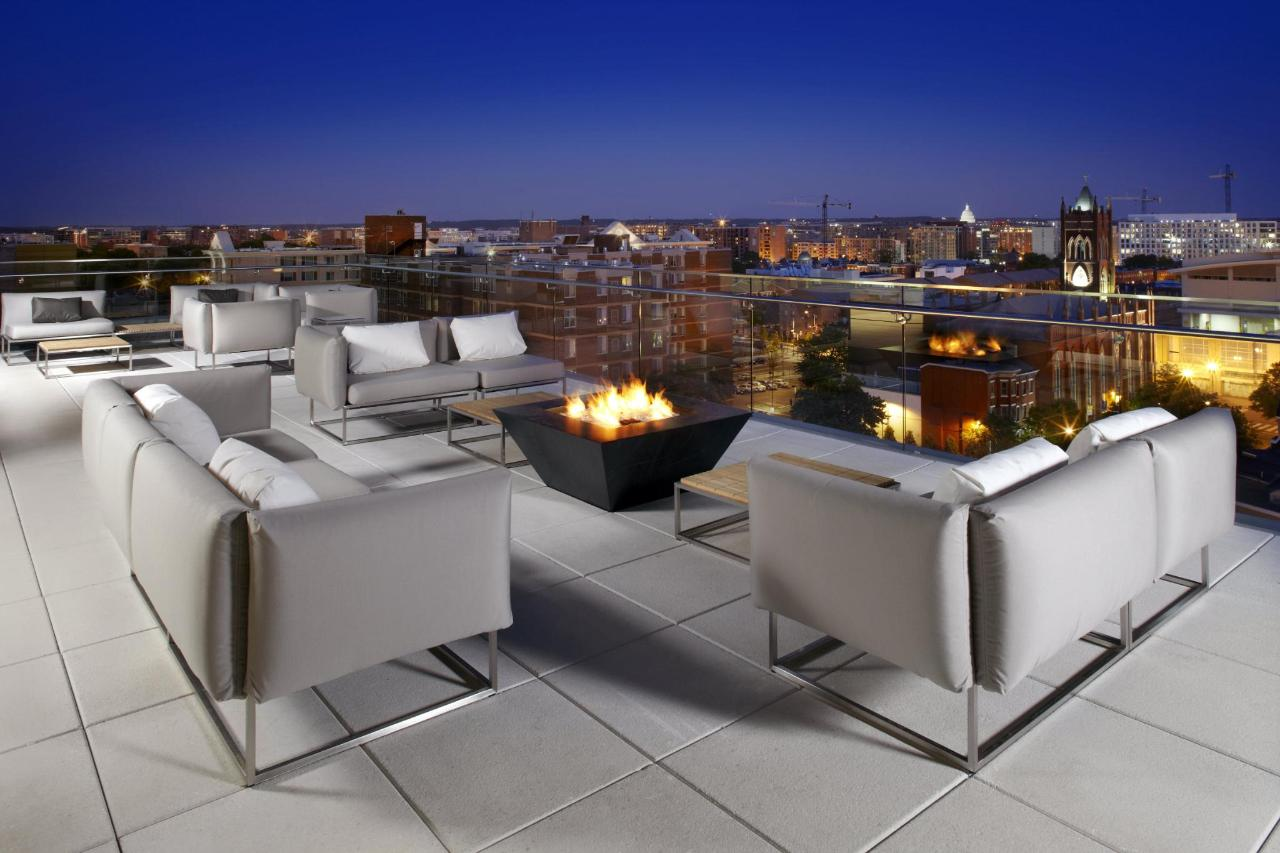 cam_dc_rooftop_patio_night_2014.jpg