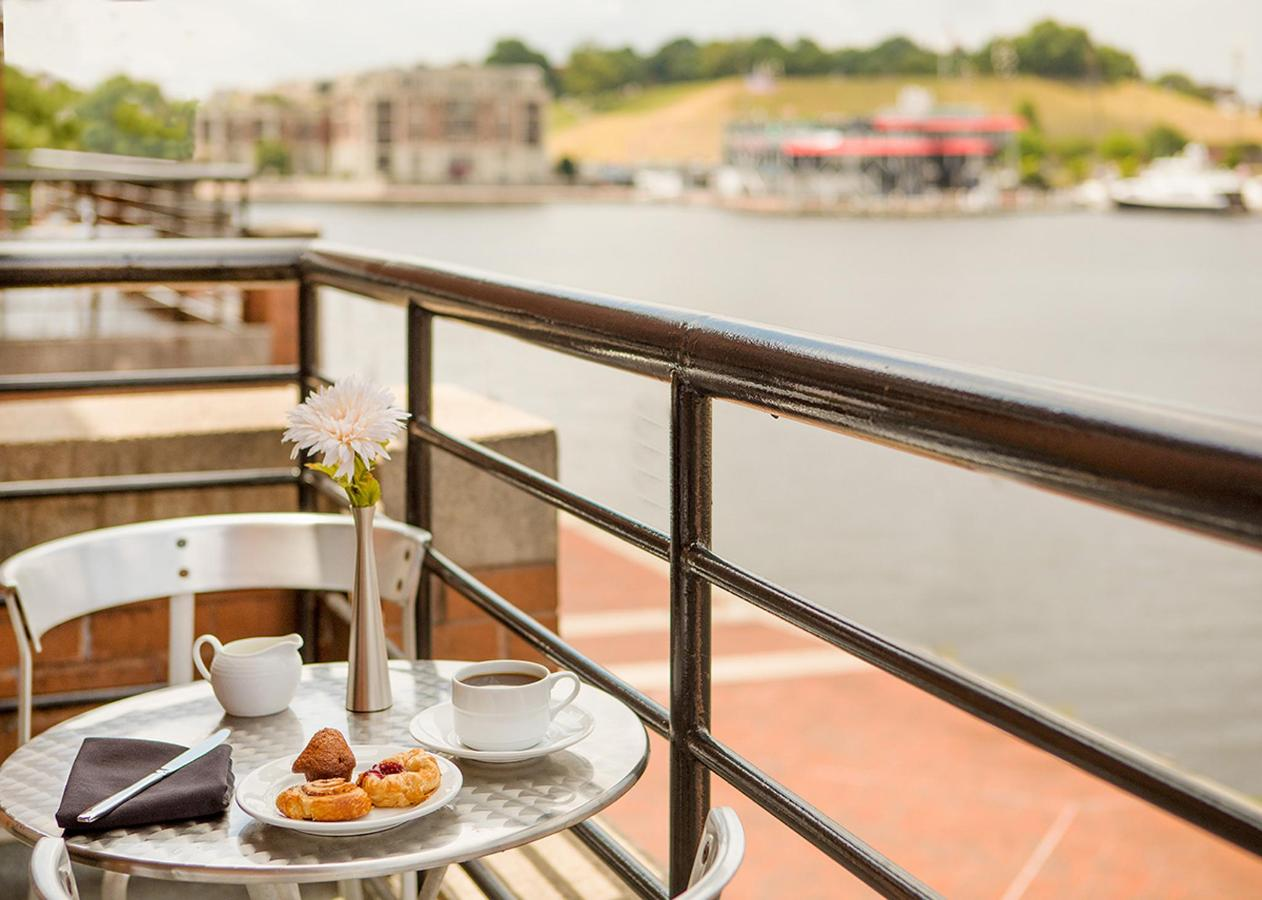 Breakfast Balcony   L.jpg