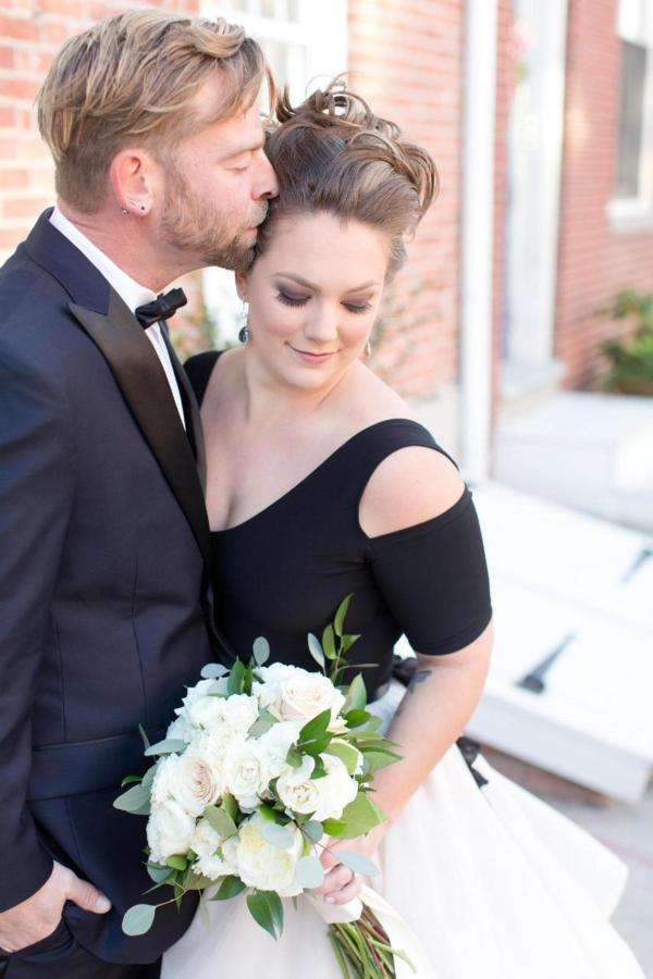 Admiral Fell Inn Bride and Groom in Fells Point Wedding Shot by Amy and Jordan Photography.jpg