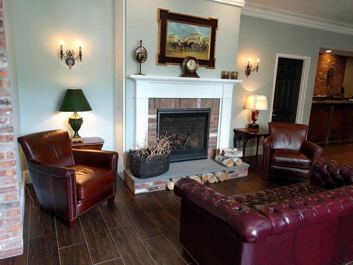 the_century_house_hotel_lobby_sitting_area.jpg