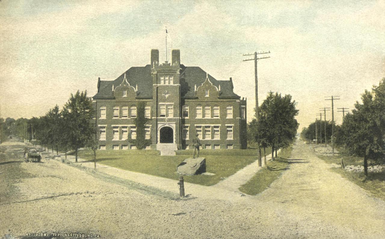 Meade School postcard.jpg