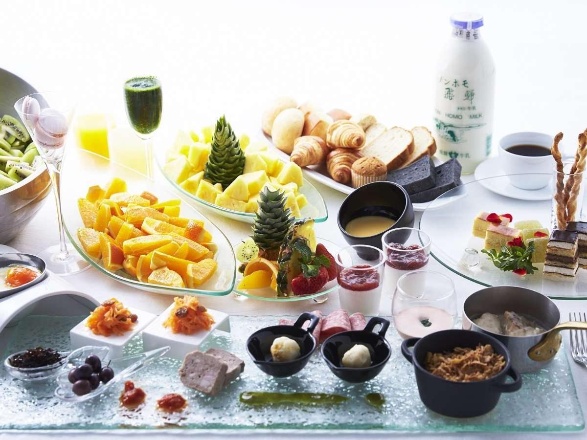 Cross Style Breakfast.jpg