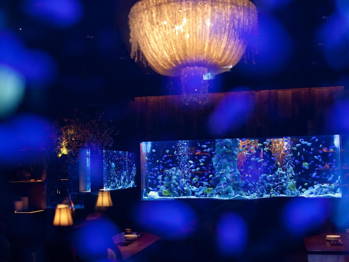 Aquarium Restaurant Shinsaibashi LIME.jpg