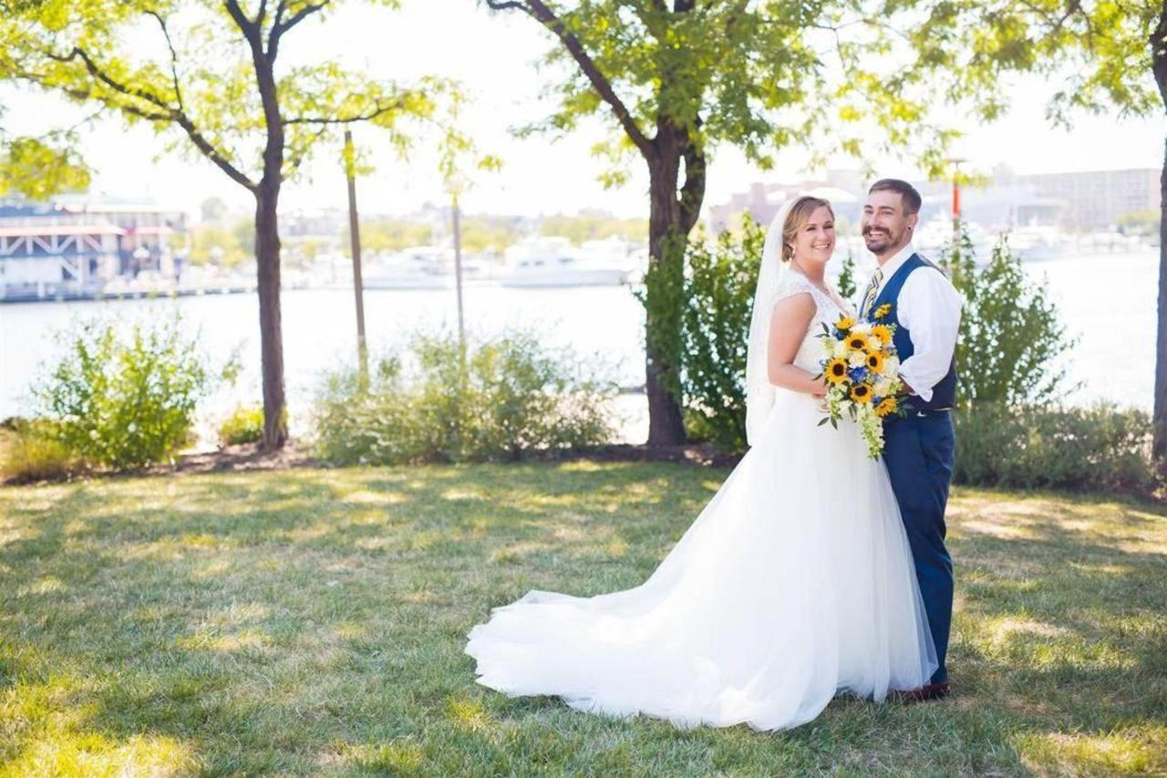 Pier 5 Hotel Bride and Groom Waterfront Wedding Shot by Photographthy by Brea.jpg