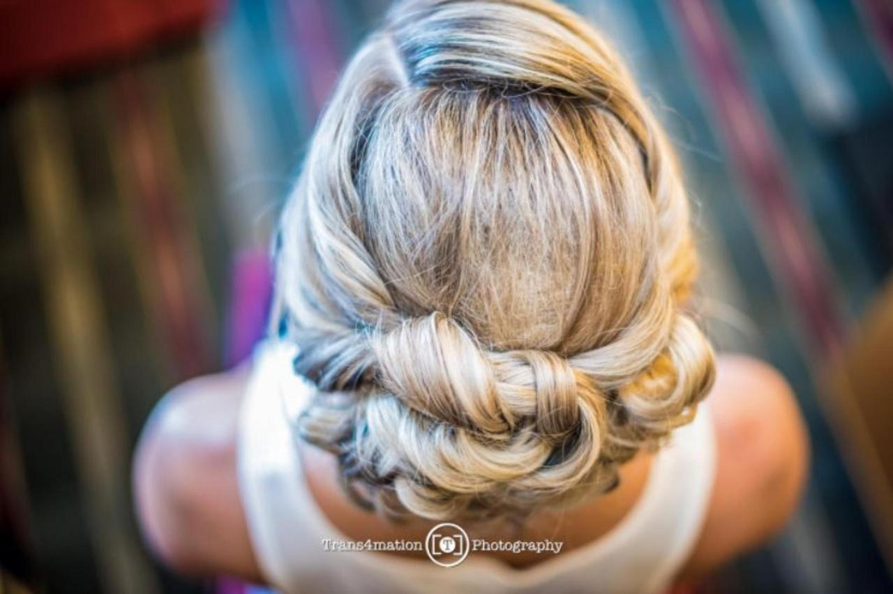 Pier 5 Hotel Bride Hair Wedding Shot by Trans4mation Photography.jpg