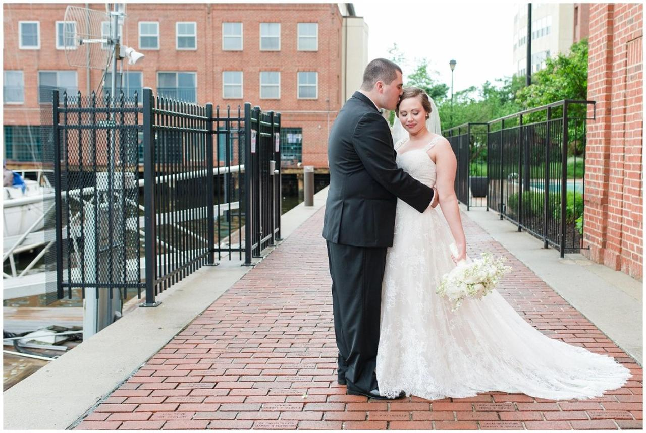 Henderson's Wharf Bride and Groom Photo Captured by Ashton Kelley Photography.jpg