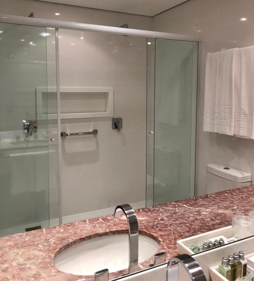 banheiro luxo especial, com ducha.jpg