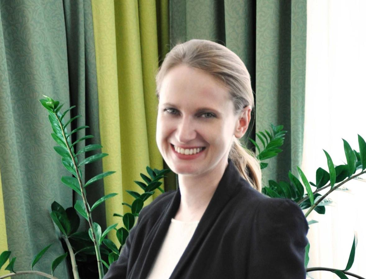 Davina Spahlholz: Convention Managersales04@rainers-hotel.eu.jpg