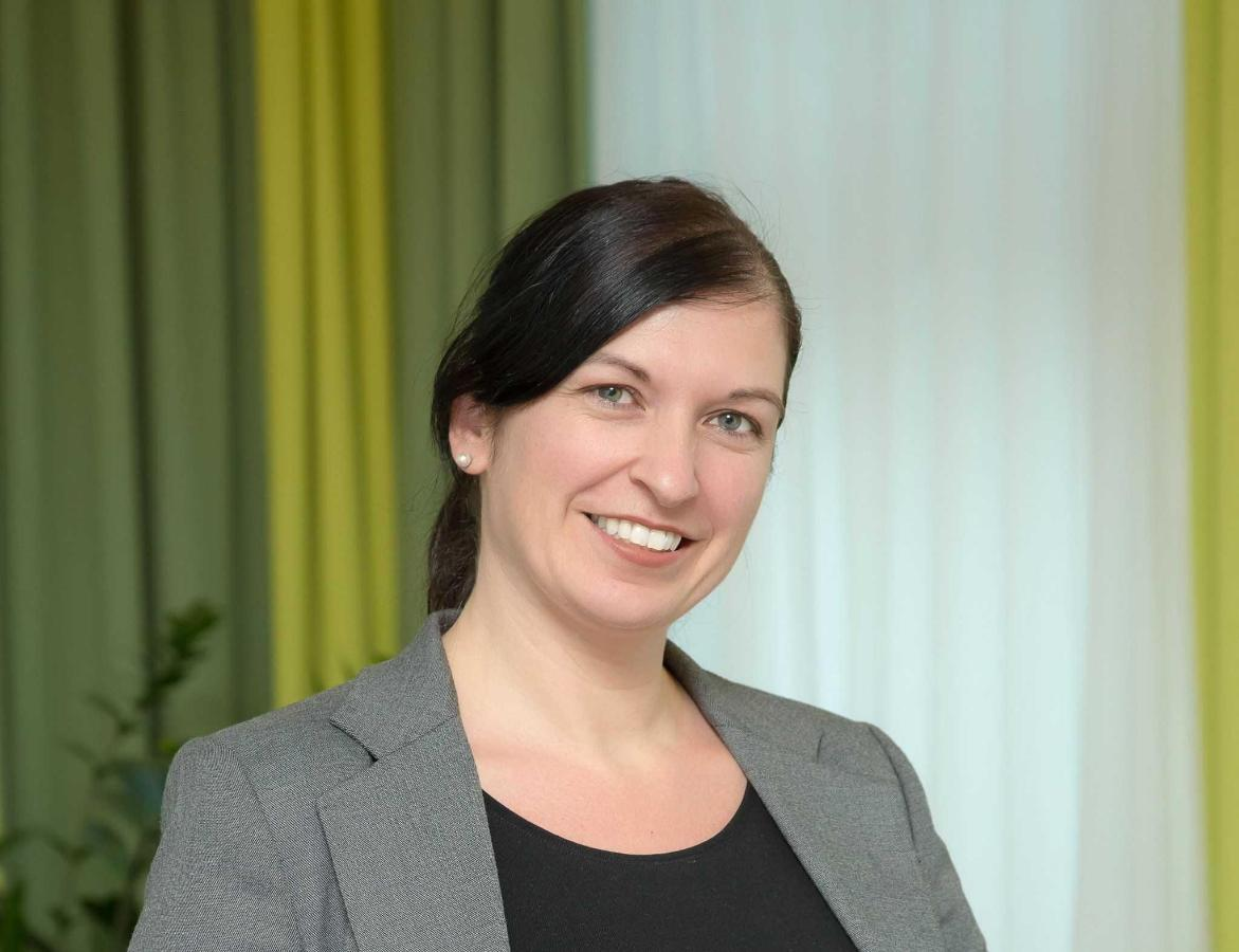 Mag. (FH) Michaela Mayr-Spießberger: Director of Marketing & Sales, sales.mgr@rainers-hotel.eu