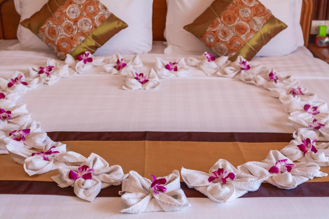 Ayarwaddy River View Hotel_w-3.jpg