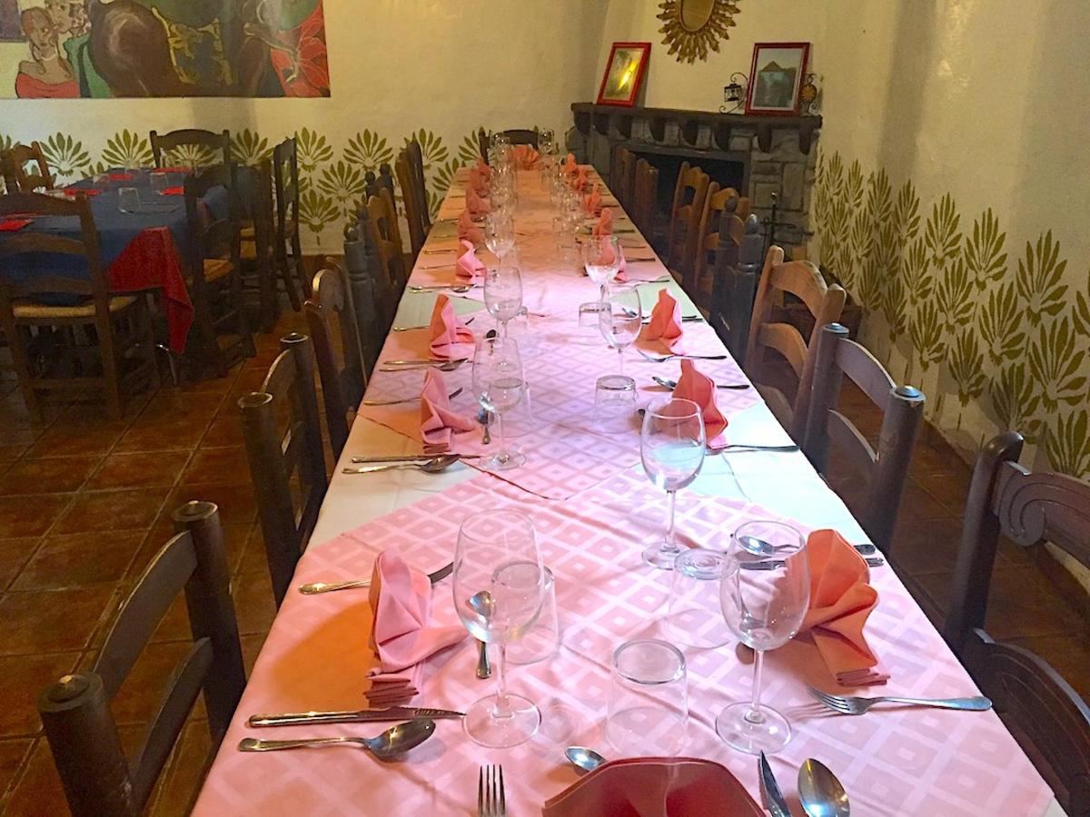 Una mesa, Restaurante La Bodega del Bandolero