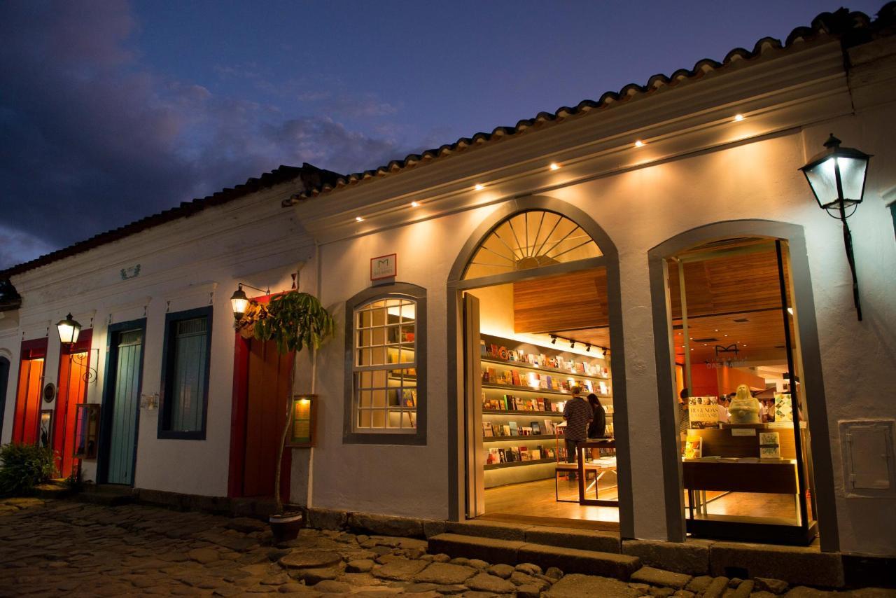 Bookstore5173.jpg