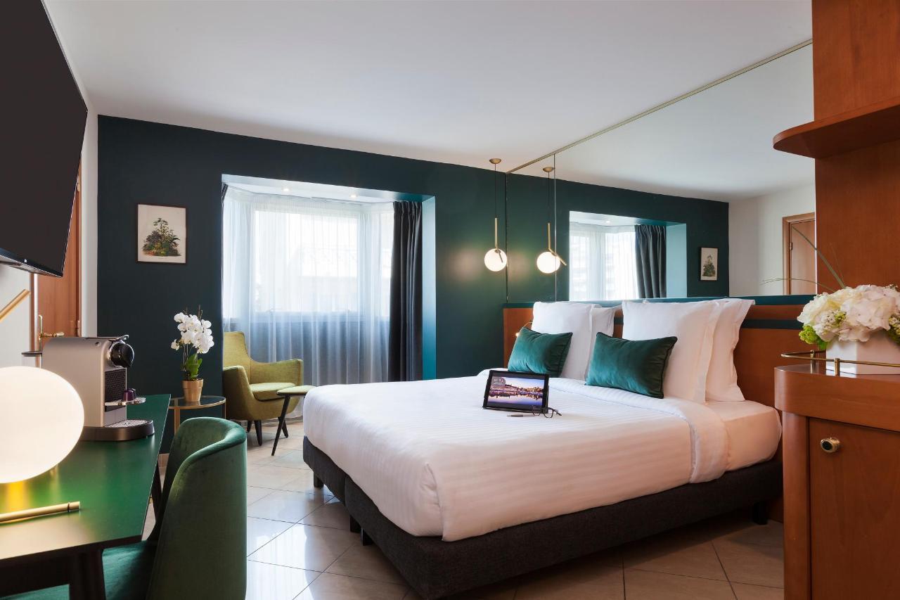 Standard Room Clarion Suites Cannes Croisette