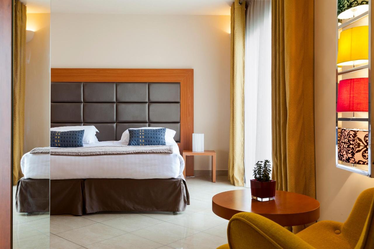 Penthouse Clarion Suites Cannes Croisette