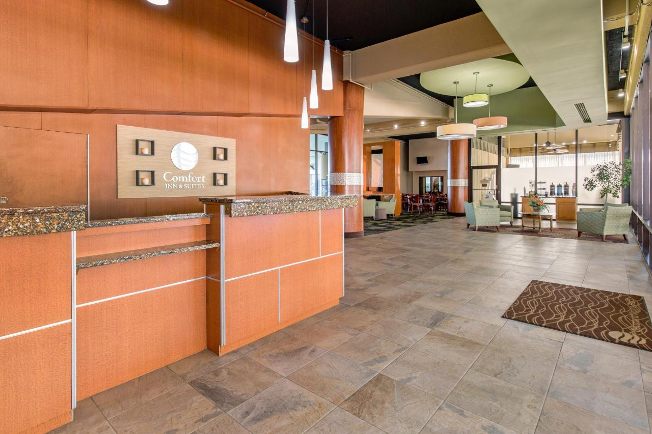Front Desk and Lobby.jpg