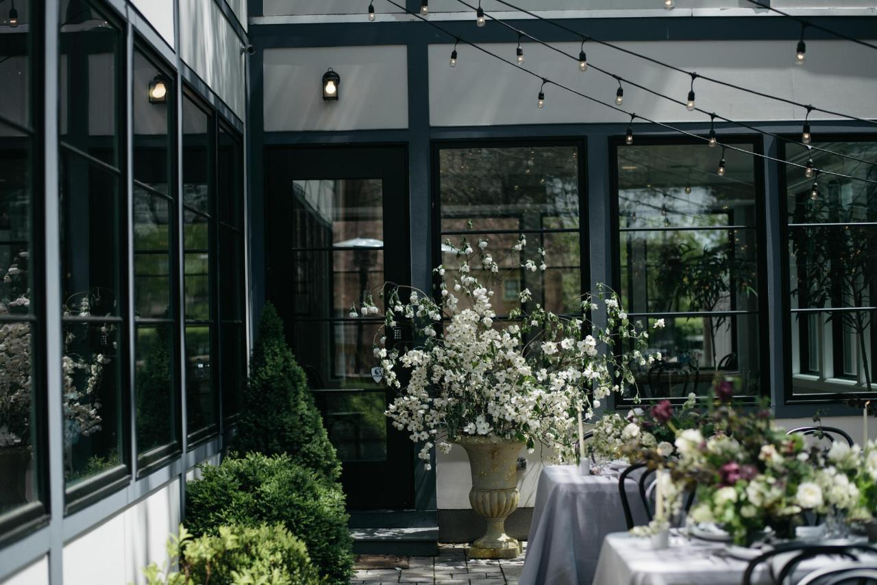Dinner Courtyard -2.jpg
