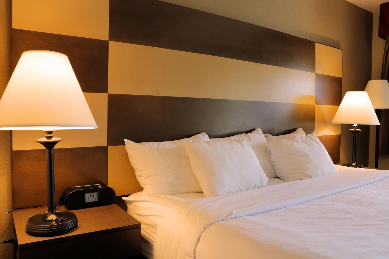 232 bed head board.jpg