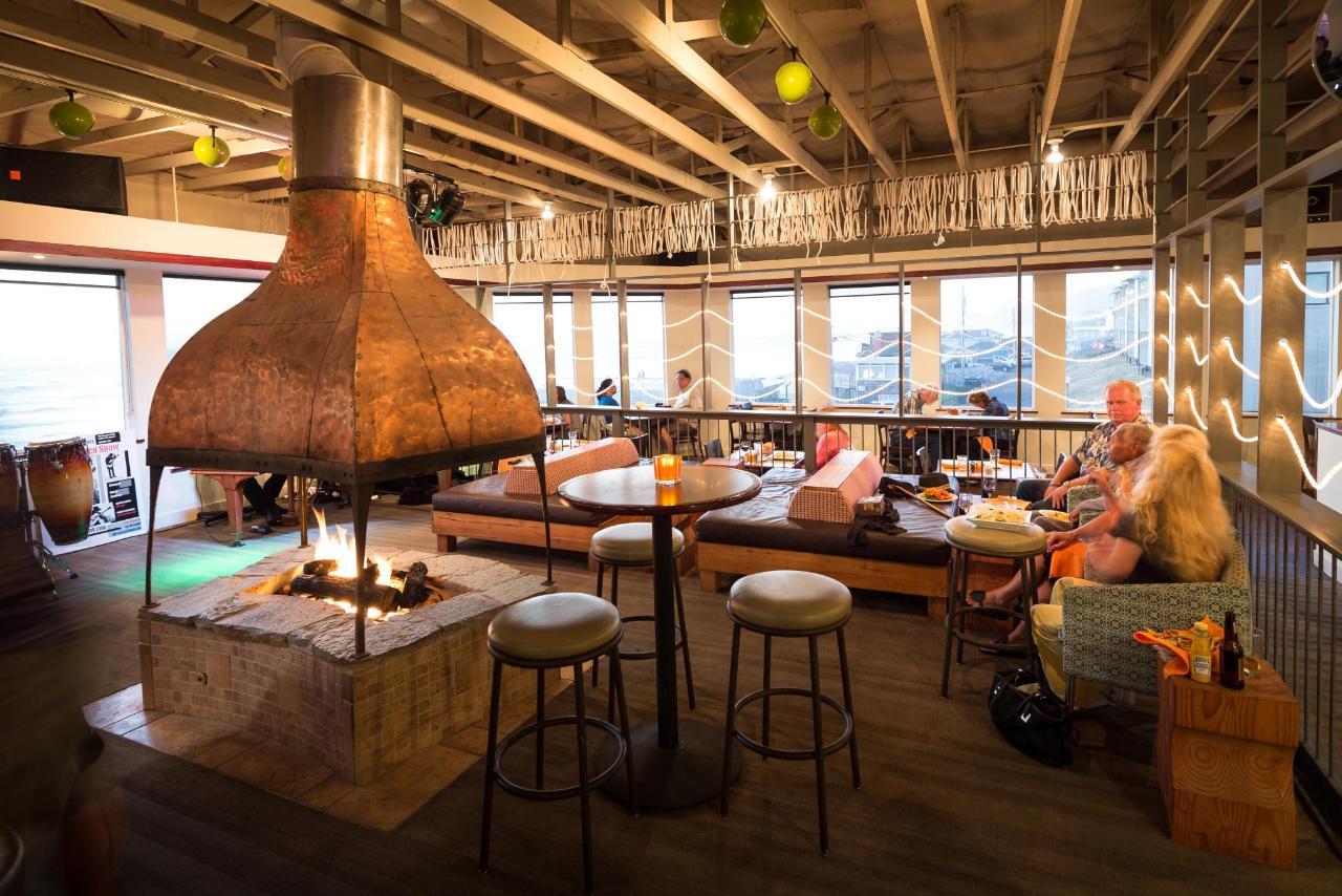 Restaurant and Lounge.jpg