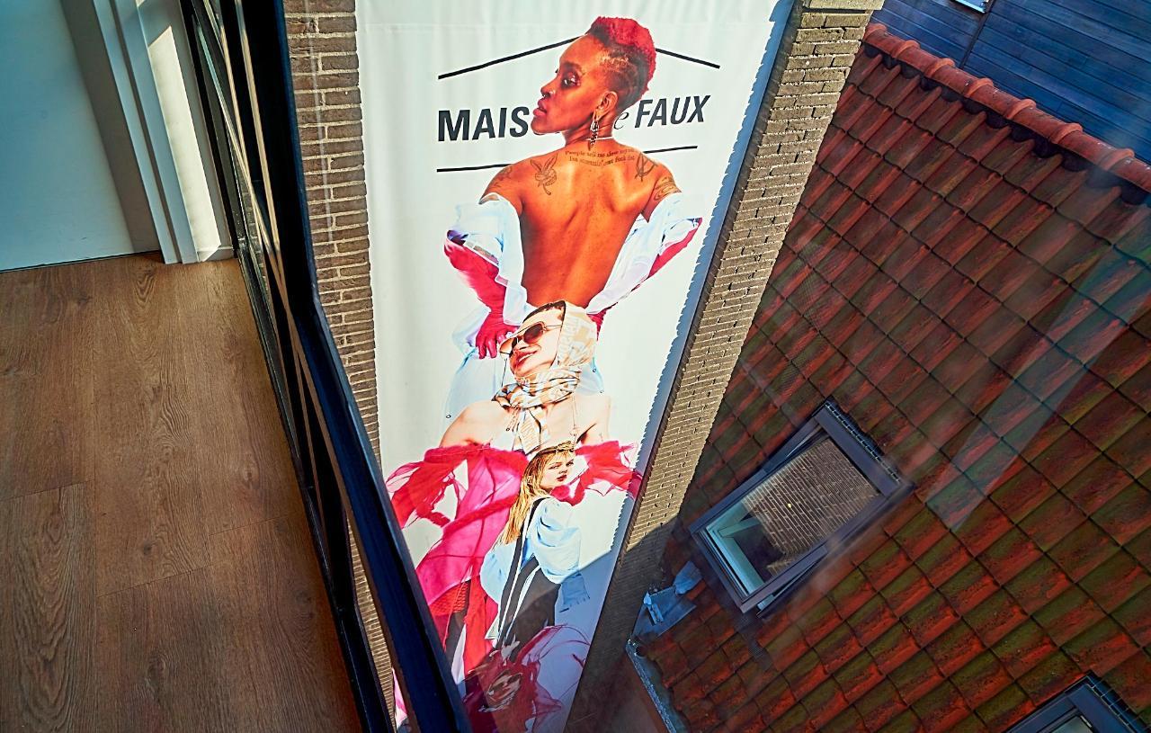 Maison The Faux