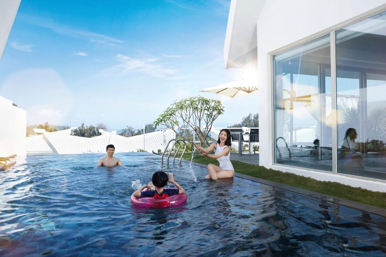 Seaview Villa • Chic Experience