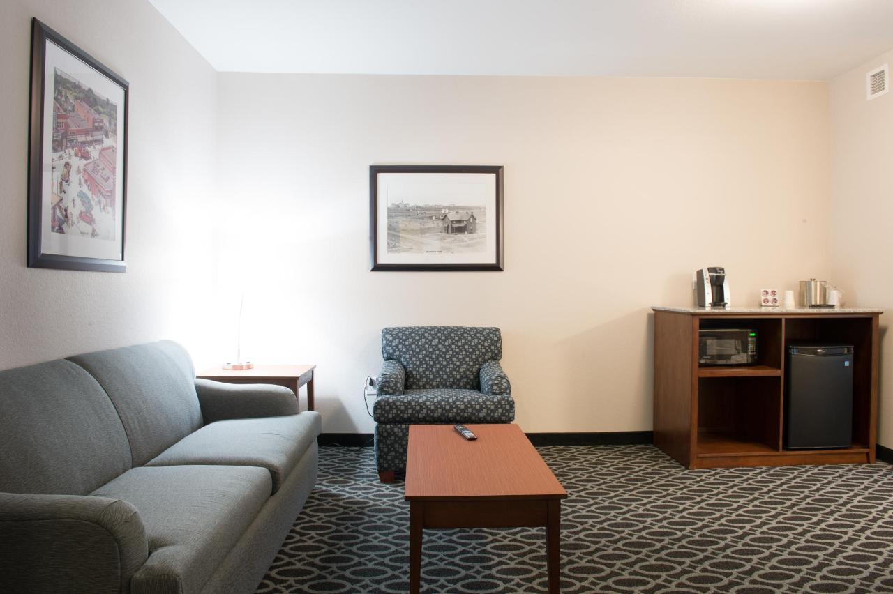 Suite A.jpg