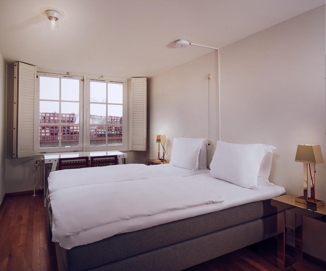 Lloyd Hotel Amsterdam - Kamer 305.jpg