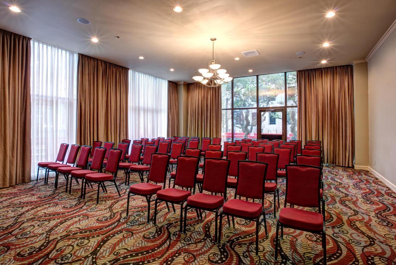 Lafayette Room.jpg