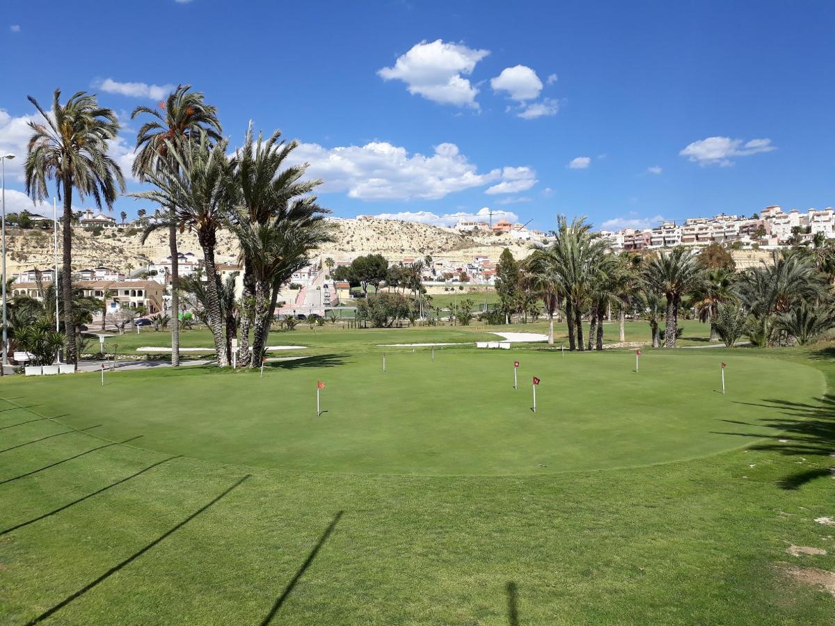 golf school2.jpg