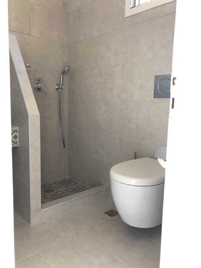 WC-NO1-2.jpg