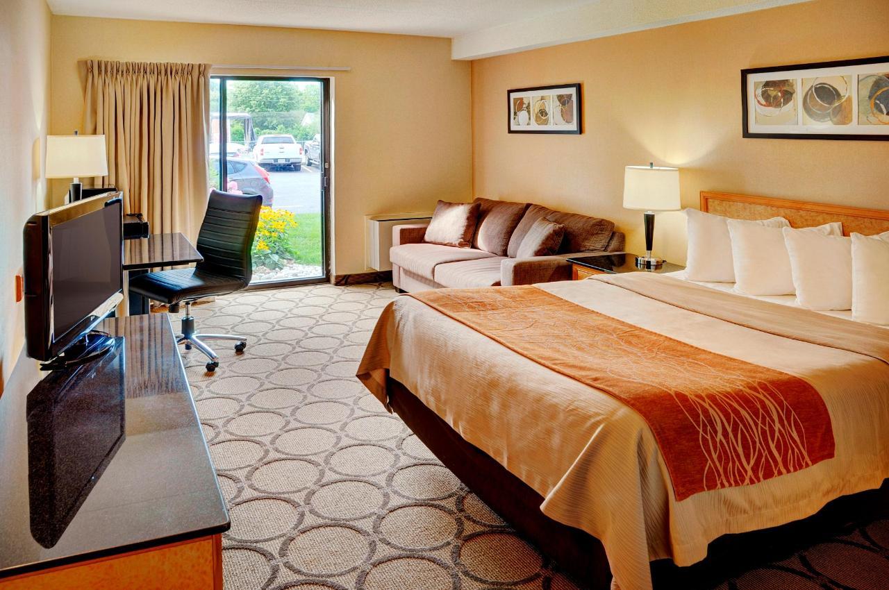 Spacious Pillowtop Drive-Up Guestroom.jpg