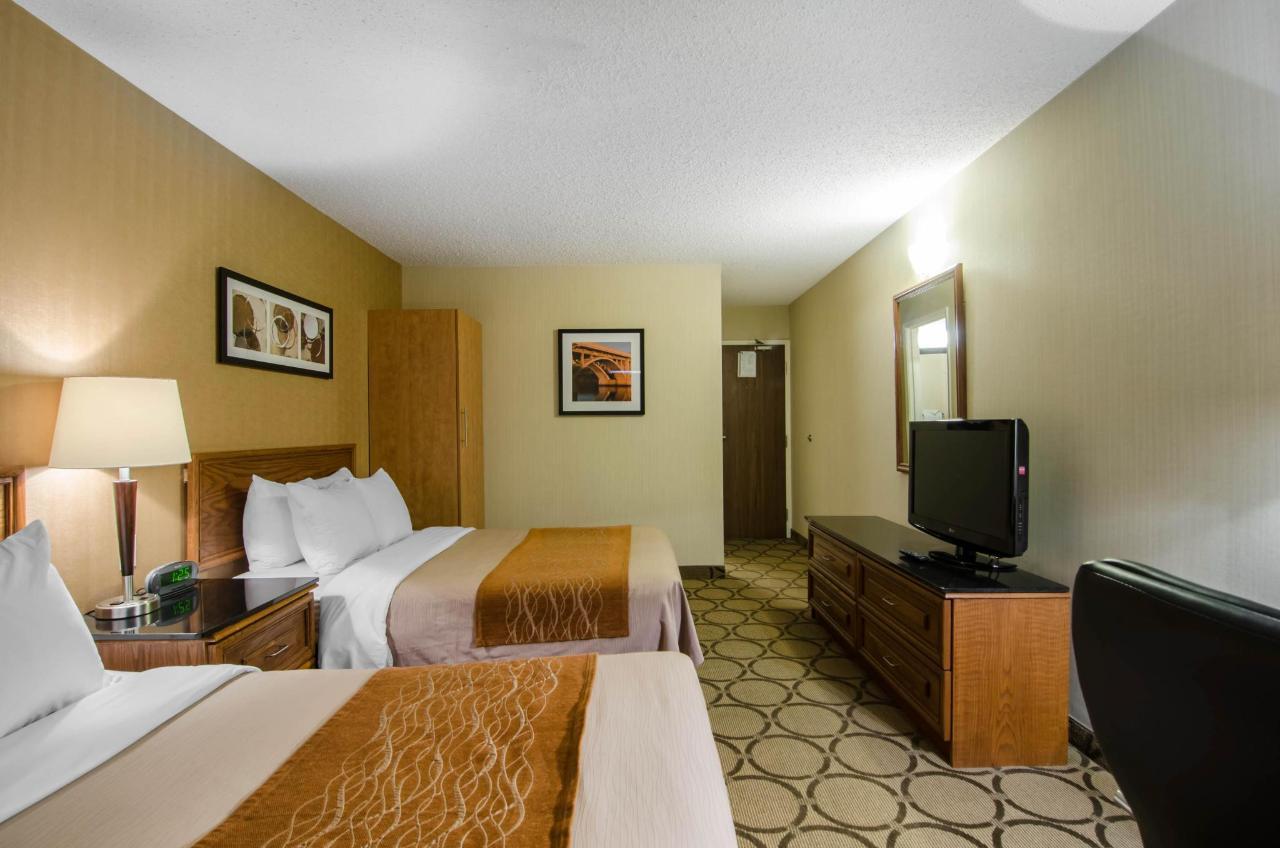 Two Queen Beds - Upper Floor Room.jpg