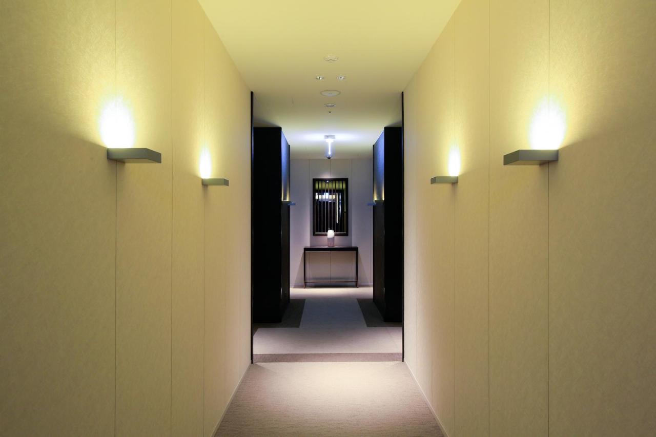 PFcorridor.jpg
