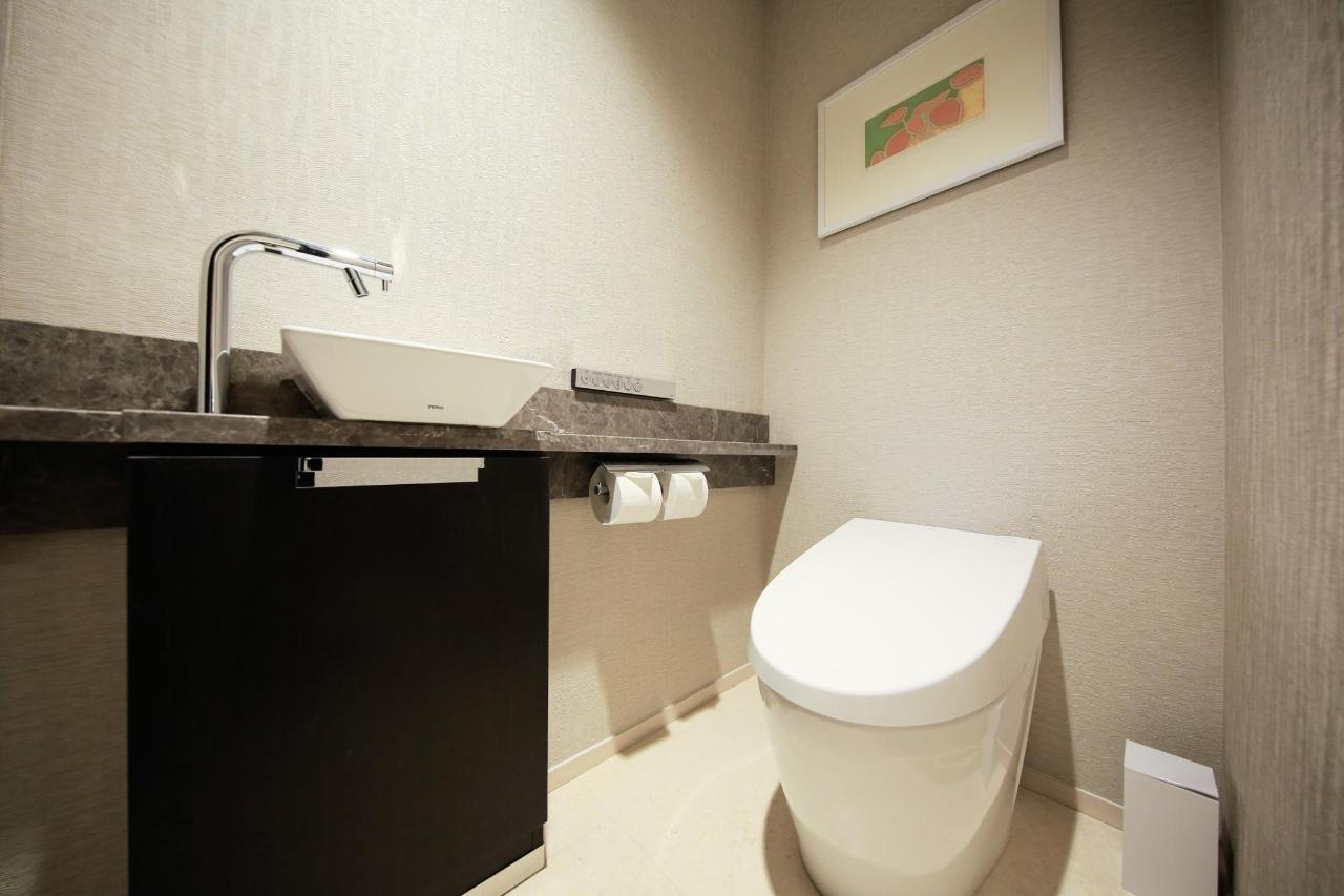Premium Twin(Toilet).jpg