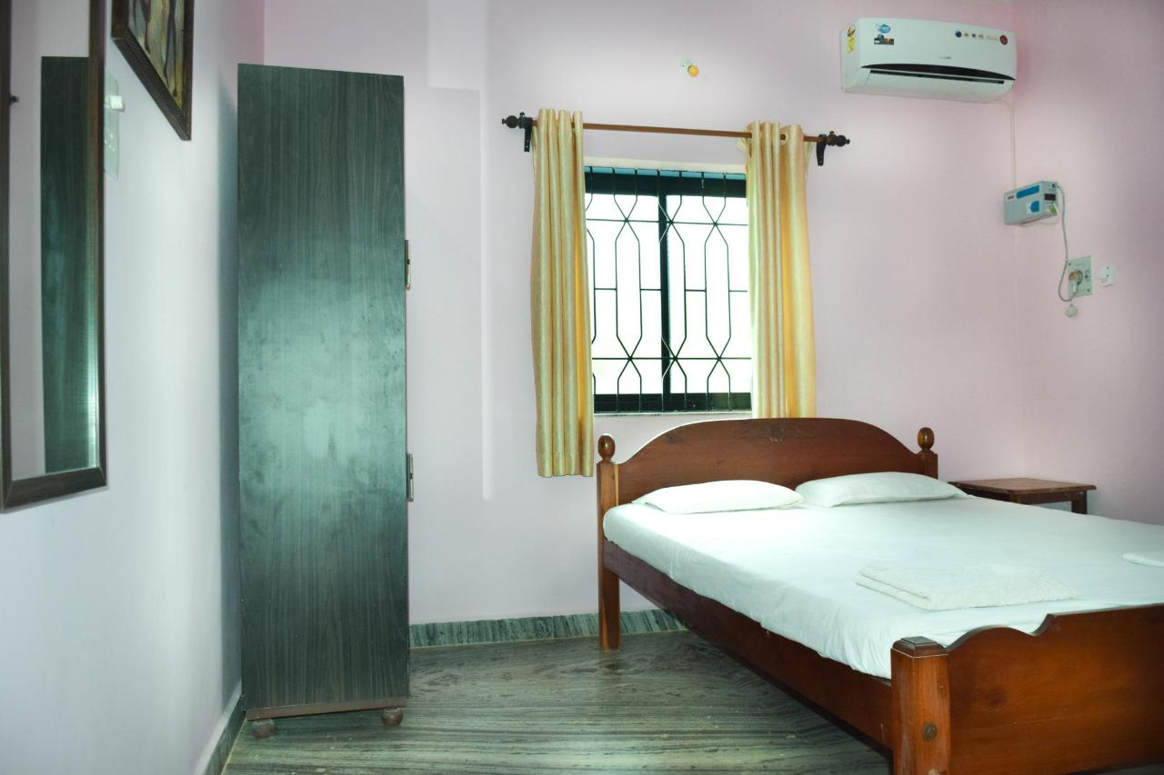 Hotel room with kitchen.jpg
