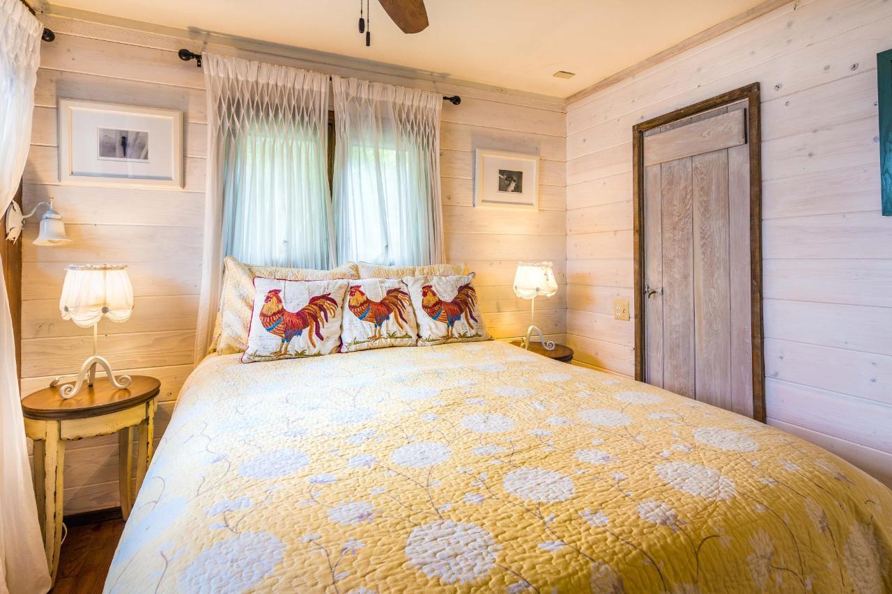 Wisteria Bedroom.jpg