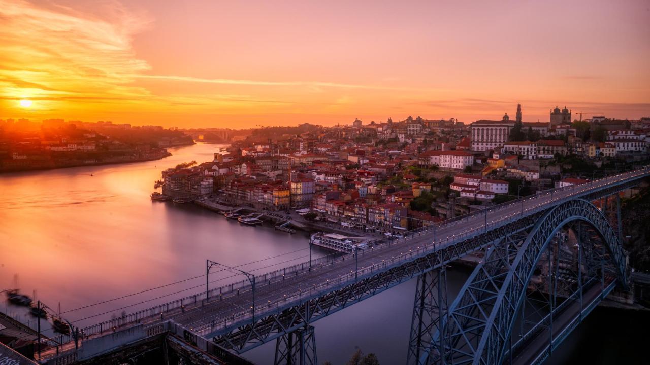 Porto sunset.jpg