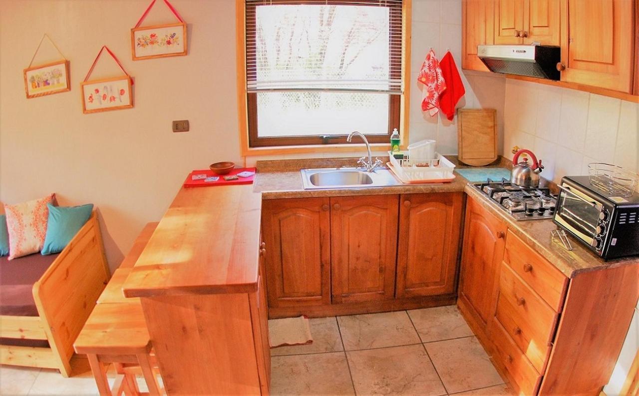 cabin 2 kitchen.jpg