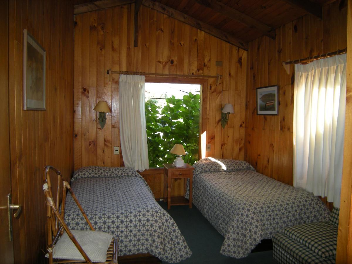 habitación twin 2 cabaña 5-6 Pax.JPG