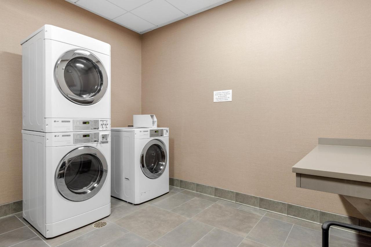 sc522laundry1.jpg