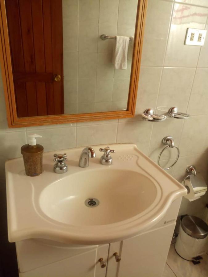 Baño 2do piso Cabaña H.jpeg