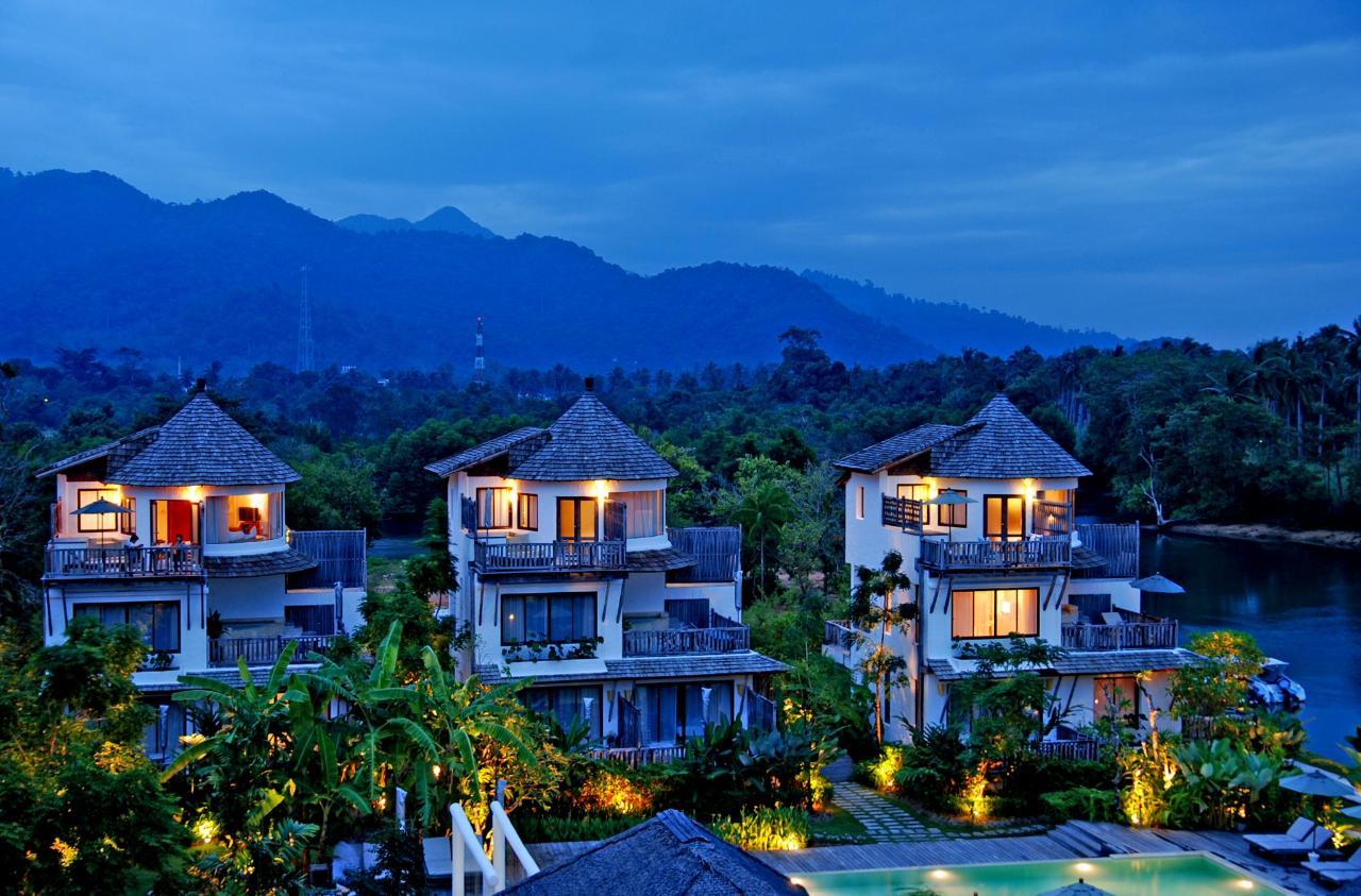 Top View Villa 1.jpg