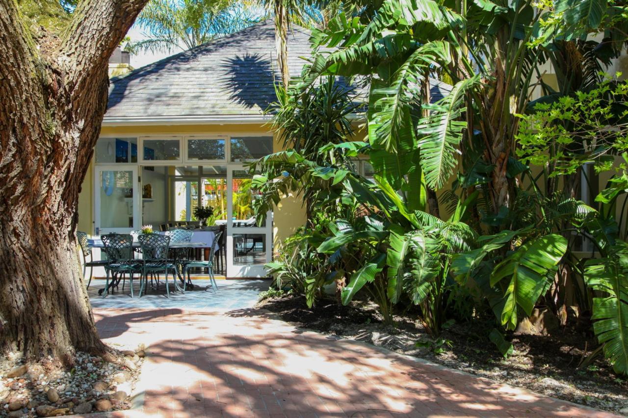 Hunneyball House Stellenbosch Gästhus.JPG