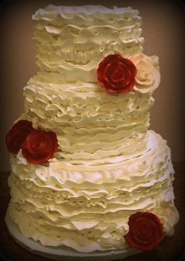 CATP - Cake - Ruffles and Roses.jpg