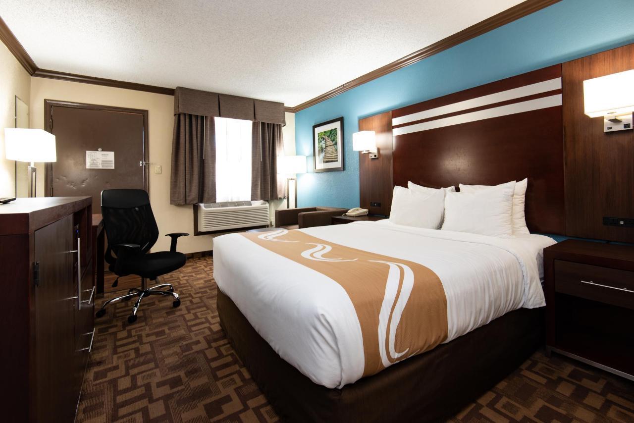 Quality-Inn-6552.jpg