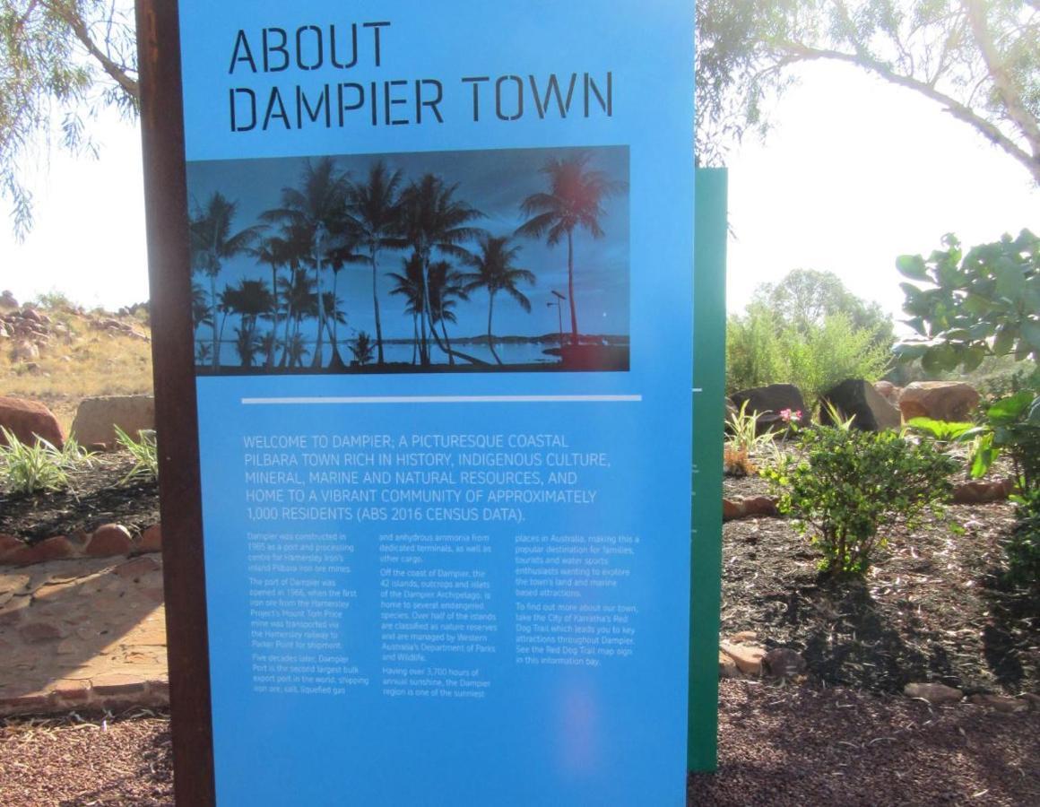 town-dampier.JPG