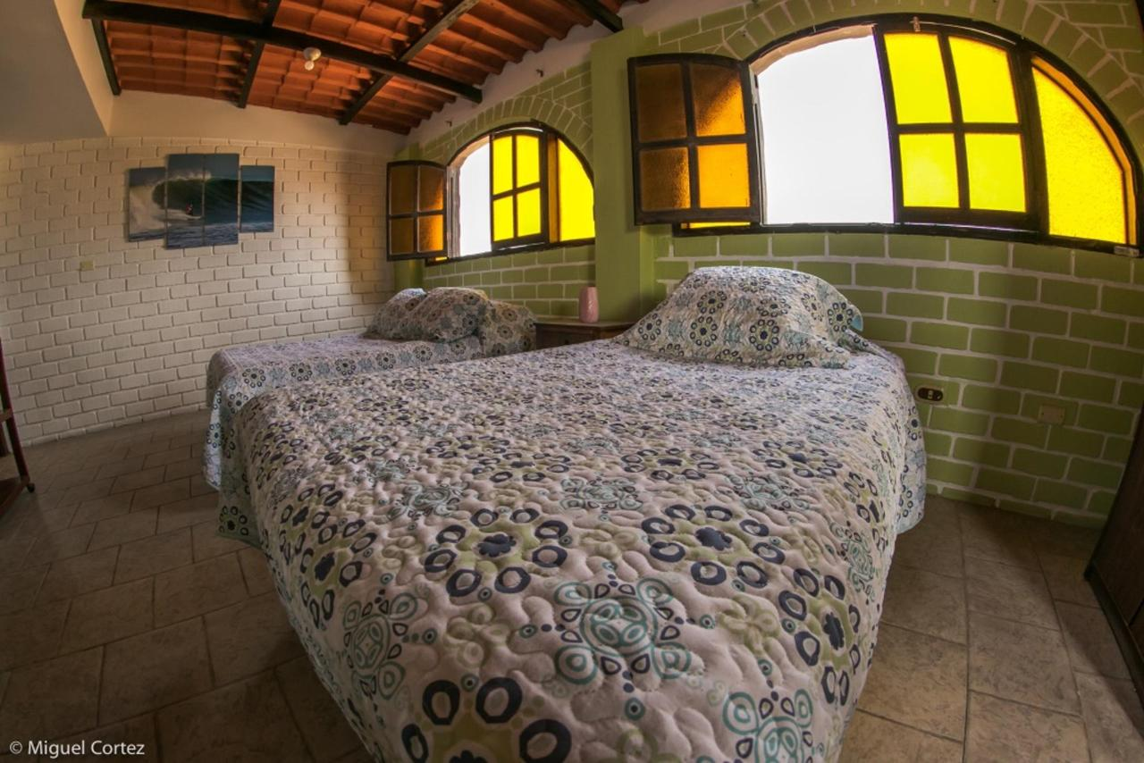 Surf Hotel Hospedaje El Mirador Pacasmayo Peru 4.7.jpg