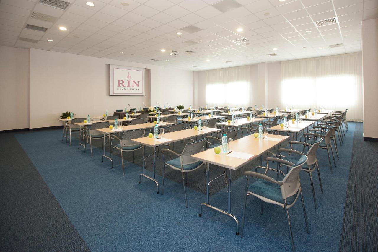 bruxelles  classroom.jpg