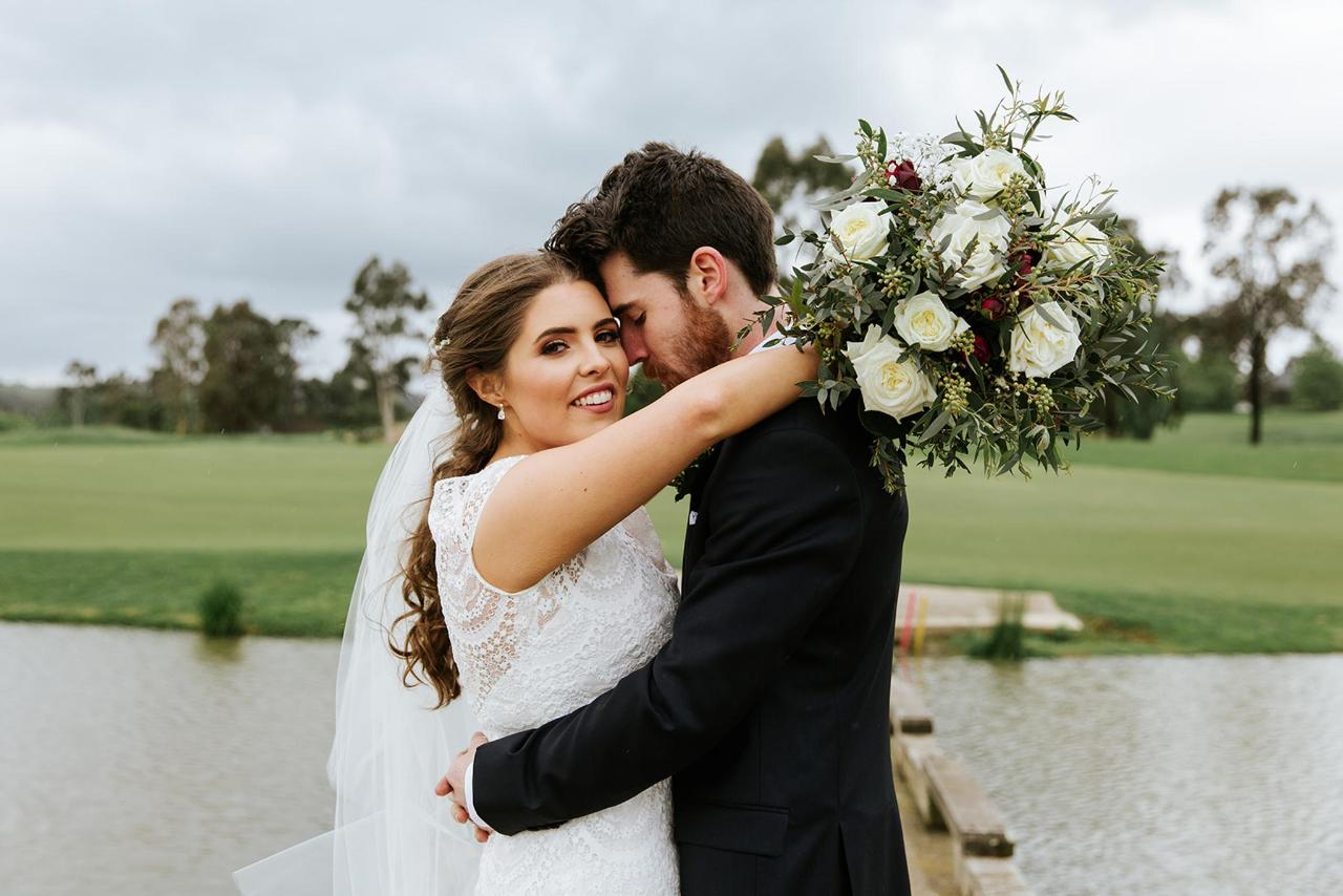 Hannah and Ben Yarra Valley Lodge Wedding 1.jpg